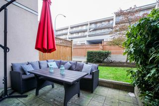 "Photo 10: 210 525 AGNES Street in New Westminster: Downtown NW Condo for sale in ""AGNES TERRACE"" : MLS®# R2329371"