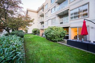 "Photo 1: 210 525 AGNES Street in New Westminster: Downtown NW Condo for sale in ""AGNES TERRACE"" : MLS®# R2329371"