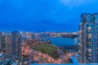 "Photo 16: 3002 499 PACIFIC Street in Vancouver: Yaletown Condo for sale in ""THE CHARLESON"" (Vancouver West)  : MLS®# R2331302"