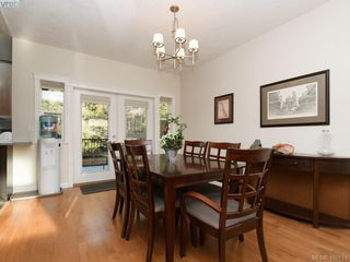 Photo 5: 766 Hanbury Place in VICTORIA: Hi Bear Mountain Single Family Detached for sale (Highlands)  : MLS®# 405114