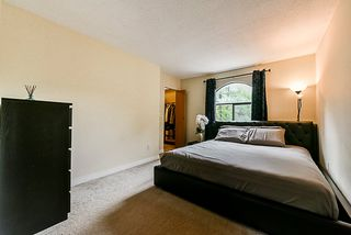 "Photo 13: 8537 WOODTRAIL Place in Burnaby: Forest Hills BN Townhouse for sale in ""Simon Fraser Village"" (Burnaby North)  : MLS®# R2336309"