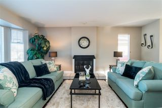 Photo 3: 20990 95A Avenue in Langley: Walnut Grove House for sale : MLS®# R2338448