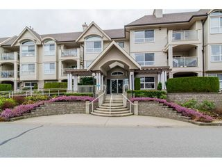 "Main Photo: 312 20381 96 Avenue in Langley: Walnut Grove Condo for sale in ""Chelsea Green / Walnut Grove"" : MLS®# R2341348"