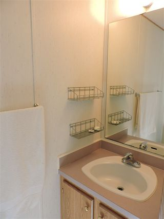 """Photo 10: 4 41168 LOUGHEED Highway in Mission: Dewdney Deroche Manufactured Home for sale in """"Oasis Estates"""" : MLS®# R2343161"""