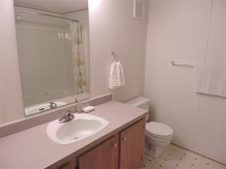 """Photo 14: 4 41168 LOUGHEED Highway in Mission: Dewdney Deroche Manufactured Home for sale in """"Oasis Estates"""" : MLS®# R2343161"""