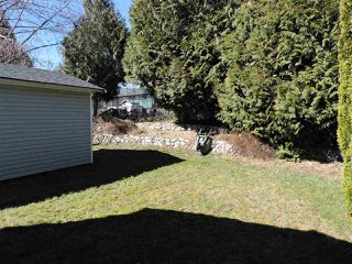 """Photo 4: 4 41168 LOUGHEED Highway in Mission: Dewdney Deroche Manufactured Home for sale in """"Oasis Estates"""" : MLS®# R2343161"""