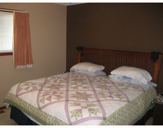 Photo 10: 5826 MOLEDO PL in Prince George: North Blackburn House for sale (PG City South East (Zone 75))  : MLS®# N195376