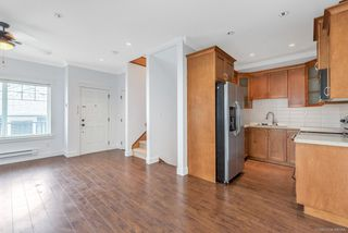 Photo 2: 1 19295 72 Avenue in Surrey: Clayton Townhouse for sale (Cloverdale)  : MLS®# R2349116