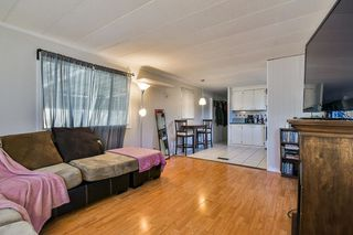 Photo 9: 129 201 CAYER Street in Coquitlam: Maillardville Manufactured Home for sale : MLS®# R2350549