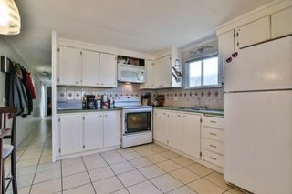 Photo 2: 129 201 CAYER Street in Coquitlam: Maillardville Manufactured Home for sale : MLS®# R2350549