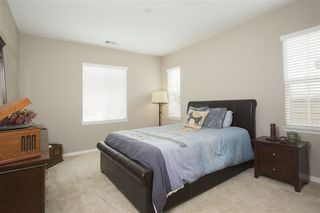 Photo 10: TEMECULA House for sale : 5 bedrooms : 31580 Sweetwater Circle