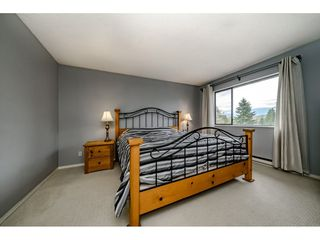 "Photo 12: 5805 MAYVIEW Circle in Burnaby: Burnaby Lake Townhouse for sale in ""ONE ARBOURLANE"" (Burnaby South)  : MLS®# R2363795"