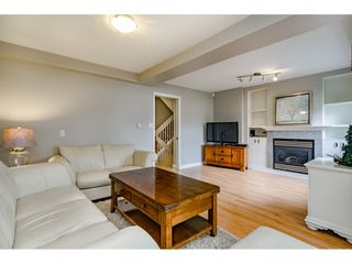 "Photo 5: 5805 MAYVIEW Circle in Burnaby: Burnaby Lake Townhouse for sale in ""ONE ARBOURLANE"" (Burnaby South)  : MLS®# R2363795"
