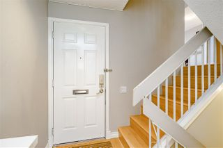 "Photo 4: 5805 MAYVIEW Circle in Burnaby: Burnaby Lake Townhouse for sale in ""ONE ARBOURLANE"" (Burnaby South)  : MLS®# R2363795"