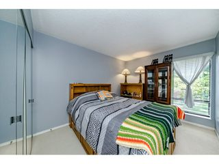 "Photo 15: 5805 MAYVIEW Circle in Burnaby: Burnaby Lake Townhouse for sale in ""ONE ARBOURLANE"" (Burnaby South)  : MLS®# R2363795"