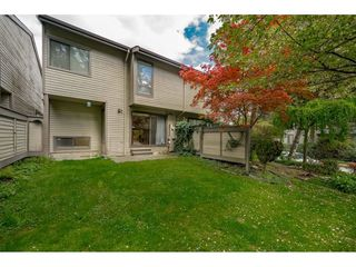 "Photo 18: 5805 MAYVIEW Circle in Burnaby: Burnaby Lake Townhouse for sale in ""ONE ARBOURLANE"" (Burnaby South)  : MLS®# R2363795"