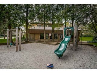 "Photo 17: 5805 MAYVIEW Circle in Burnaby: Burnaby Lake Townhouse for sale in ""ONE ARBOURLANE"" (Burnaby South)  : MLS®# R2363795"