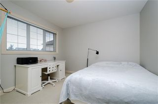 Photo 21: 242 STRATHRIDGE Place SW in Calgary: Strathcona Park Detached for sale : MLS®# C4246259