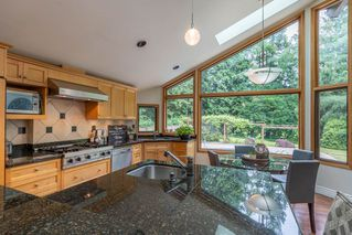 Photo 9: 700 APPIAN Way in Coquitlam: Coquitlam West House for sale : MLS®# R2375014