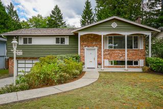 Photo 1: 2655 STANDISH Drive in North Vancouver: Blueridge NV House for sale : MLS®# R2376546