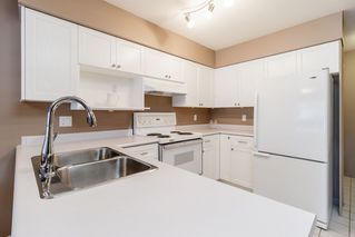 "Photo 3: 111 1966 COQUITLAM Avenue in Port Coquitlam: Glenwood PQ Condo for sale in ""PORTICA WEST"" : MLS®# R2378448"