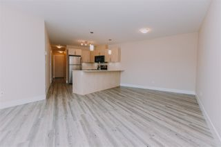 "Photo 15: 424 2565 CAMPBELL Avenue in Abbotsford: Central Abbotsford Condo for sale in ""ABACUS UPTOWN"" : MLS®# R2381899"