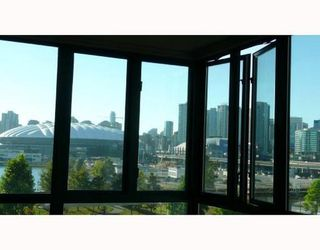 Photo 8: 408 1128 QUEBEC Street in Vancouver East: Home for sale : MLS®# V669590