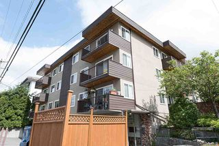 "Photo 1: 204 241 ST. ANDREWS Avenue in North Vancouver: Lower Lonsdale Condo for sale in ""Woodburn Place"" : MLS®# R2382570"