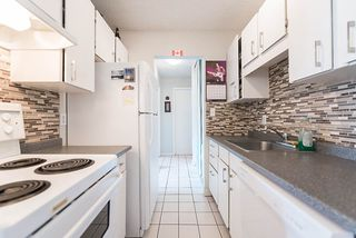 "Photo 3: 204 241 ST. ANDREWS Avenue in North Vancouver: Lower Lonsdale Condo for sale in ""Woodburn Place"" : MLS®# R2382570"