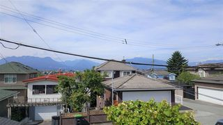 Photo 3: 3275 E 20TH Avenue in Vancouver: Renfrew Heights House for sale (Vancouver East)  : MLS®# R2383426