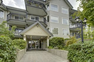"Photo 1: 1 3770 MANOR Street in Burnaby: Central BN Condo for sale in ""CASCADE WEST"" (Burnaby North)  : MLS®# R2403593"