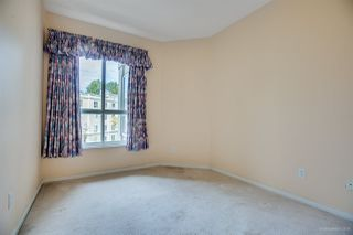 """Photo 12: 342 3098 GUILDFORD Way in Coquitlam: North Coquitlam Condo for sale in """"MARLBOROUGH HOUSE"""" : MLS®# R2406839"""