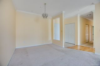 """Photo 6: 342 3098 GUILDFORD Way in Coquitlam: North Coquitlam Condo for sale in """"MARLBOROUGH HOUSE"""" : MLS®# R2406839"""