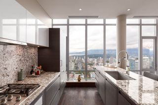 "Photo 7: 4102 1028 BARCLAY Street in Vancouver: West End VW Condo for sale in ""PATINA"" (Vancouver West)  : MLS®# R2411678"