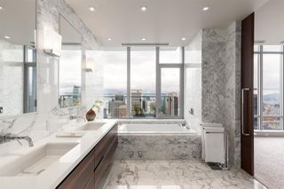 "Photo 14: 4102 1028 BARCLAY Street in Vancouver: West End VW Condo for sale in ""PATINA"" (Vancouver West)  : MLS®# R2411678"