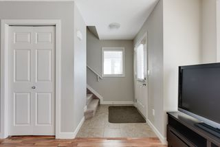 Photo 2: 2516 ANDERSON Way in Edmonton: Zone 56 Attached Home for sale : MLS®# E4191026