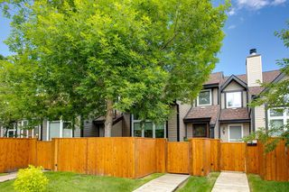Photo 37: 7 12625 24 Street SW in Calgary: Woodbine Row/Townhouse for sale : MLS®# A1012796