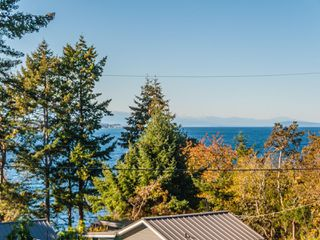 Photo 2: 1322 Marina Way in : PQ Nanoose House for sale (Parksville/Qualicum)  : MLS®# 859163