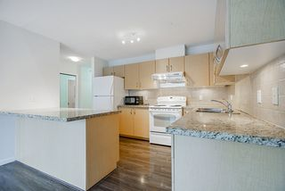 "Photo 7: 901 720 HAMILTON Street in New Westminster: Uptown NW Condo for sale in ""Generations"" : MLS®# R2523641"