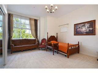 Photo 6: 2580 West Mall in Vancouver: University VW Townhouse for sale (Vancouver West)  : MLS®# v995181