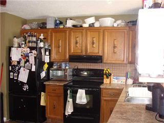 Photo 3: 956 MARPOLE Road NE in CALGARY: Marlborough Residential Detached Single Family for sale (Calgary)  : MLS®# C3595046