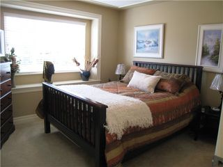 Photo 15: 845 BURNABY Street in New Westminster: The Heights NW House for sale : MLS®# V1056243
