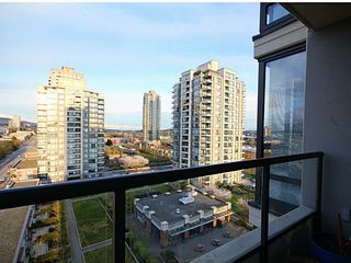 "Photo 7: 1104 4118 DAWSON Street in Burnaby: Brentwood Park Condo for sale in ""Tandem 1"" (Burnaby North)  : MLS®# V1057568"