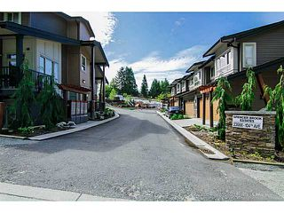 "Photo 3: 8 23986 104 Avenue in Maple Ridge: Albion Townhouse for sale in ""SPENCER BROOK"" : MLS®# V1066745"