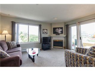 Photo 6: 403 3700 Carey Rd in VICTORIA: SW Gateway Condo for sale (Saanich West)  : MLS®# 674384