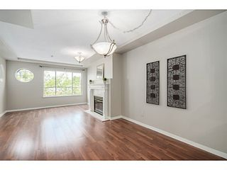 "Photo 4: 302 6475 CHESTER Street in Vancouver: Fraser VE Condo for sale in ""SOUTHRIDGE HOUSE"" (Vancouver East)  : MLS®# V1071434"