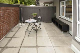 Photo 9: 106 555 W 14TH Avenue in Vancouver: Fairview VW Condo for sale (Vancouver West)  : MLS®# V1072557
