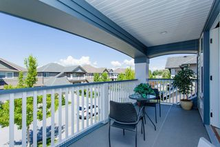 "Photo 10: 19548 THORBURN Way in Pitt Meadows: South Meadows House for sale in ""RIVERS EDGE"" : MLS®# V1072618"