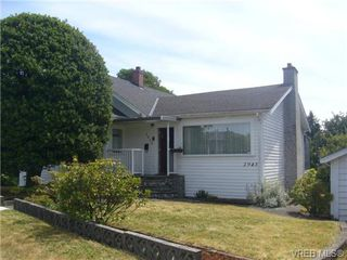 Photo 3: 2945 Admirals Road in VICTORIA: SW Portage Inlet Single Family Detached for sale (Saanich West)  : MLS®# 339446