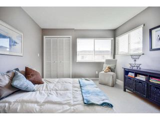 """Photo 15: 40 16655 64TH Avenue in Surrey: Cloverdale BC Townhouse for sale in """"The Ridge Woods"""" (Cloverdale)  : MLS®# F1440022"""